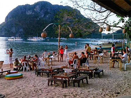 At El Nido we now provide a beachfront eating and drinking area
